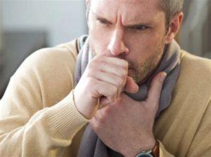 Постоянный кашель является симптомом серьезной патологии