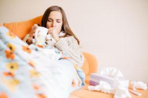 Установить причину непродуктивного кашля самостоятельно в домашних условиях довольно сложно