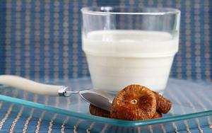 Инжир с молоком от кашля для детей