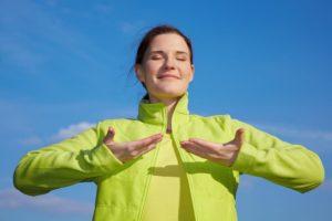 Дыхательную гимнастику необходимо выполнять два раза в день
