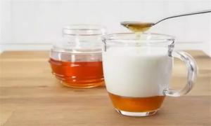 горячее молоко с медом