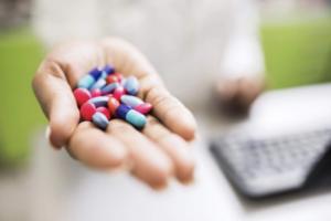 бесконтрольный прием антибиотиков